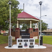 Kurri Kurri War Memorial at Rotary Park in Kurri Kurri (1)