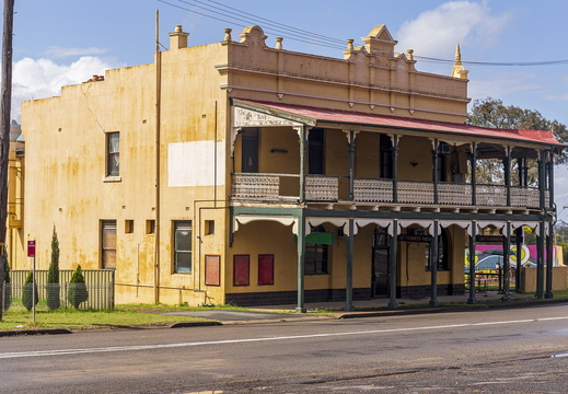 Former Empire Tavern in Kurri Kurri (2)