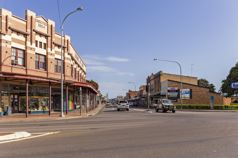 Vincent Street viewed from Maitland and Wollombi Road intersection in Cessnock (1)