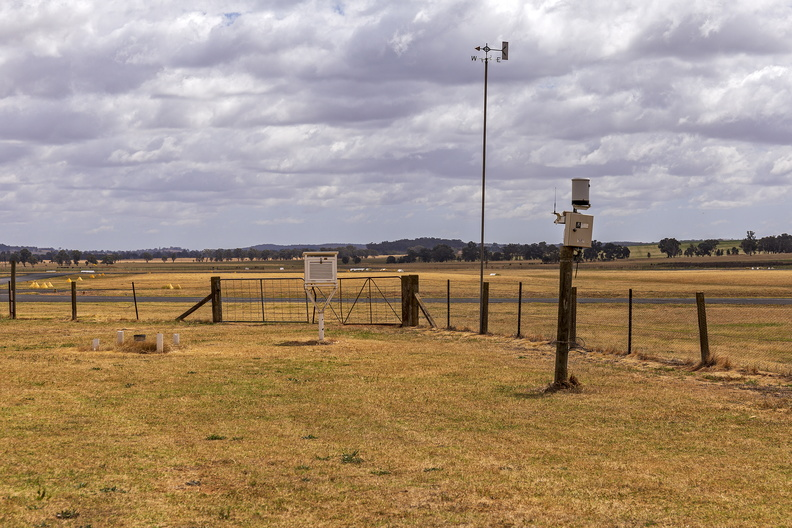 Cootamundra Airport weather station.jpg